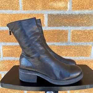 A little nostalgic style rear zipper boots size 37